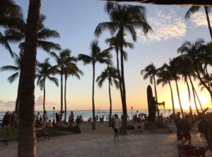 夕方のハワイのビーチ