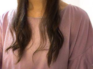 下ブロックの髪全体を巻き終えた写真(前)
